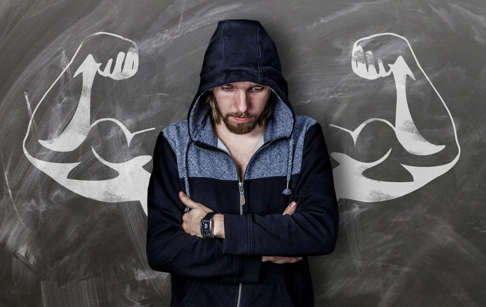 man looking sad because of fitness industry